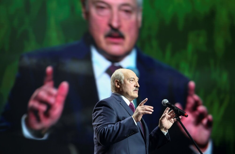 Лукашенко объявил о закрытии границ с Литвой и Польшей. Глава МИД Литвы: это реакция неадекватного человека