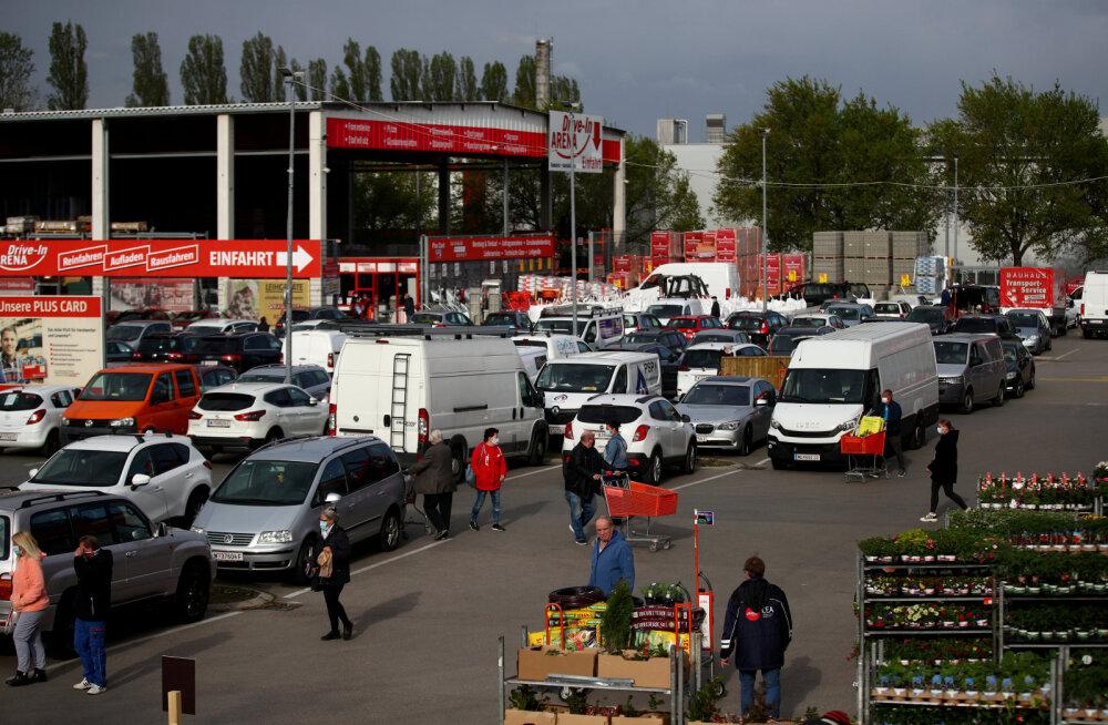 Austrias avati koroonaviirusevastaste meetmete lõdvendamisena taas tuhanded poed