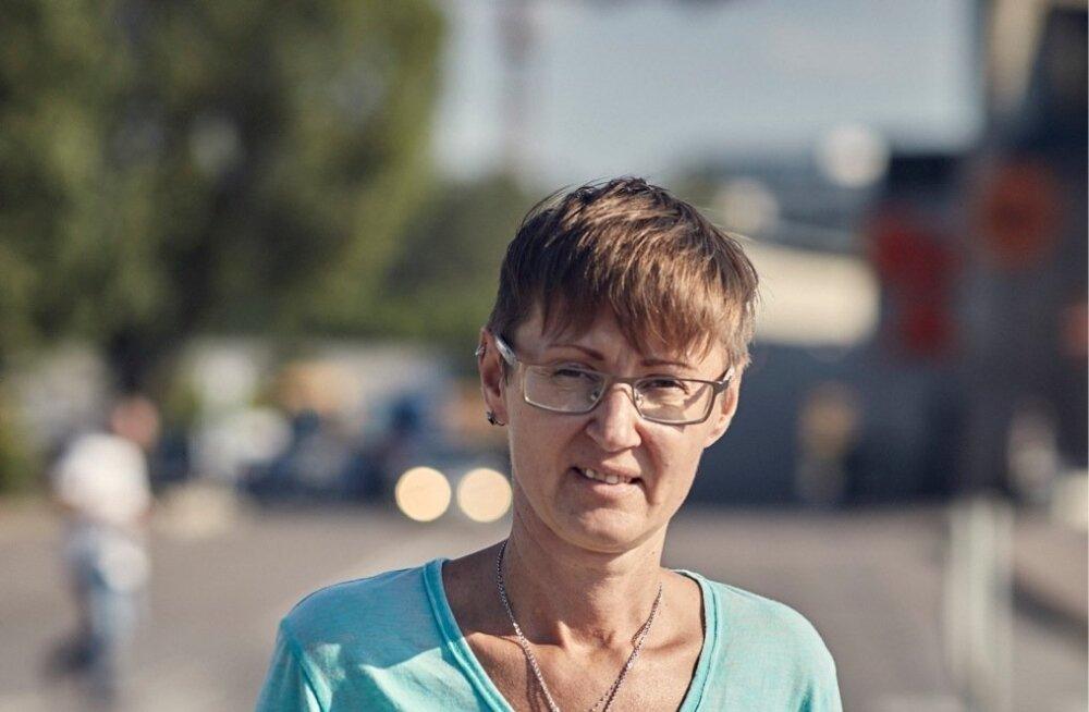 Mittetulundusühingu Living for Tomorrow esindaja Sirle Blumberg kirjeldab orjastavat skeemi, millesse on sattunud Eestisse tulnud Ukraina töölised.
