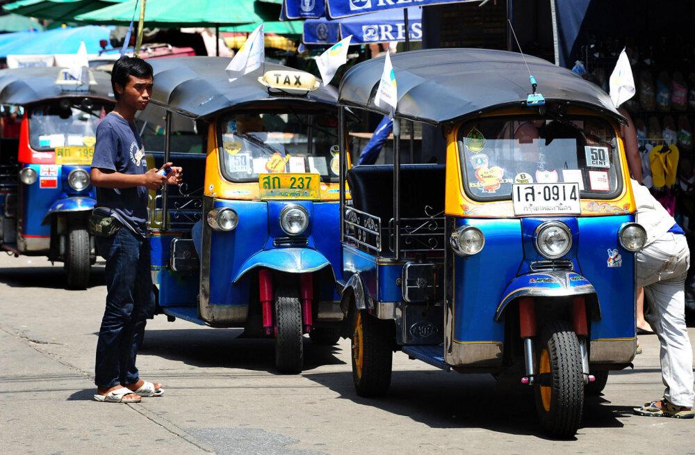 Тук-тукам в Таиланде придумали новое применение вместо туристов