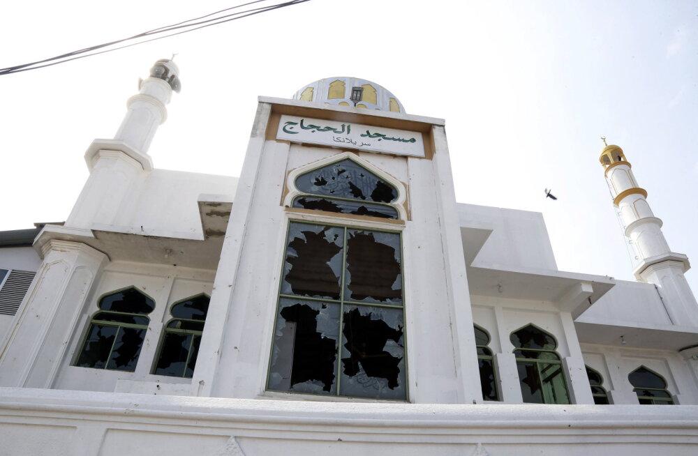 Sri Lanka julgeolekujõud lubasid kasutada maksimaalset jõudu moslemite vastastes rahutustes osalejate vastu