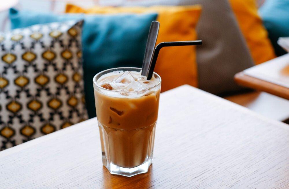 RETSEPT | Kui suvel kuuma kohvi ei taha, valmista üks ergutav jääkohv