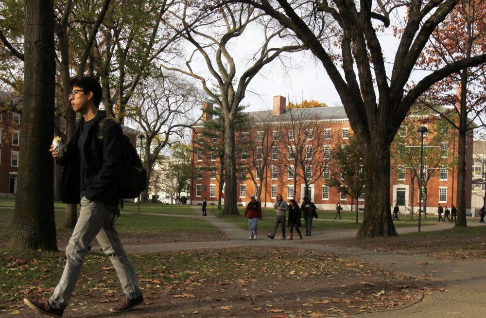 Maailma kõige rikkama ülikooli tõehetk: raha teenimisega ei tulda toime