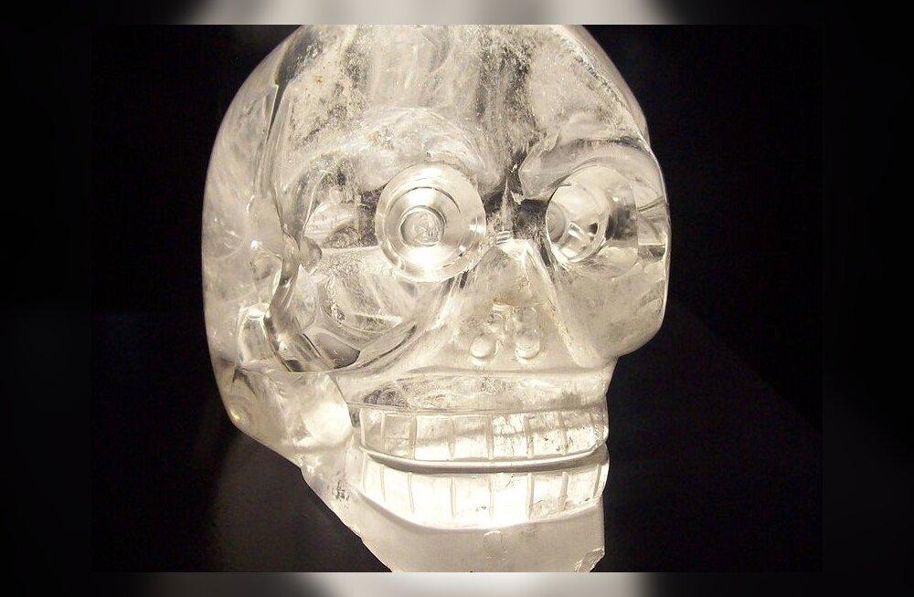 Kristallpealuude saladus - ehk kõik pole kuld, mis hiilgab