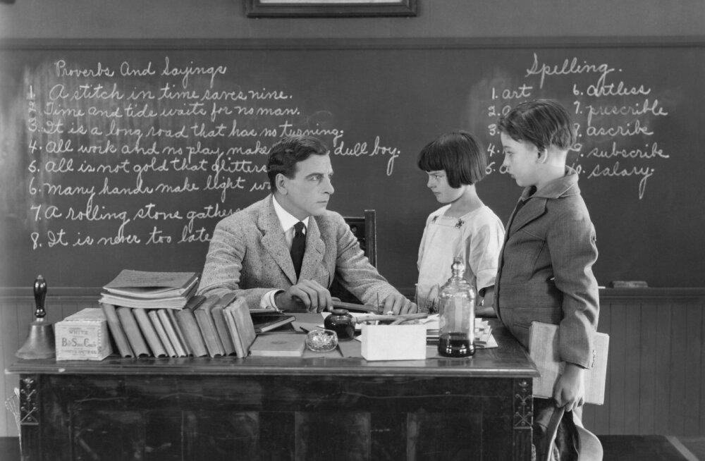 24 huvitavat fakti Eesti koolide ja õpetamise ajaloost