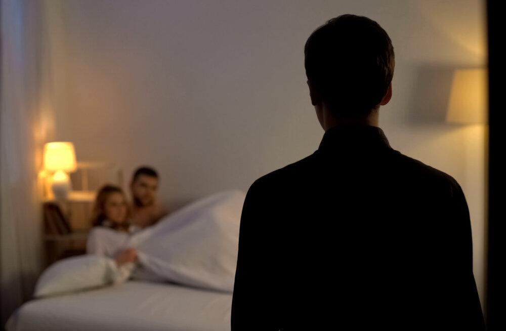 Lugeja küsib: miks on see tabu, et suhtes inimesel võib olla ka teisi sekspartnereid?