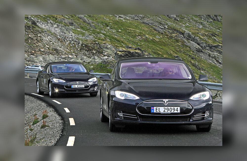 Tundub, et Tesla on tootmisraskustest lõpuks ometi üle saanud
