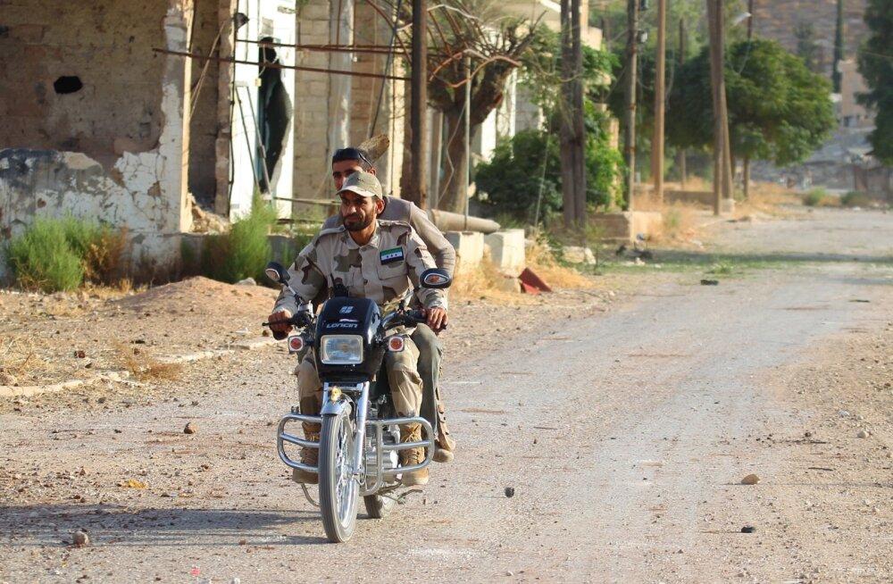 USA tunnistab Süüria mässuliste väljaõppeprogrammi läbikukkunuks ja lõpetab selle
