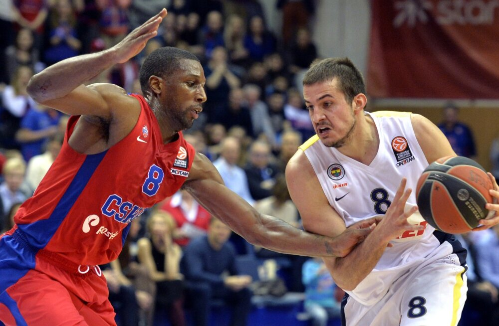 Ülkeri Nemanja Bjelica mängus CSKA-ga