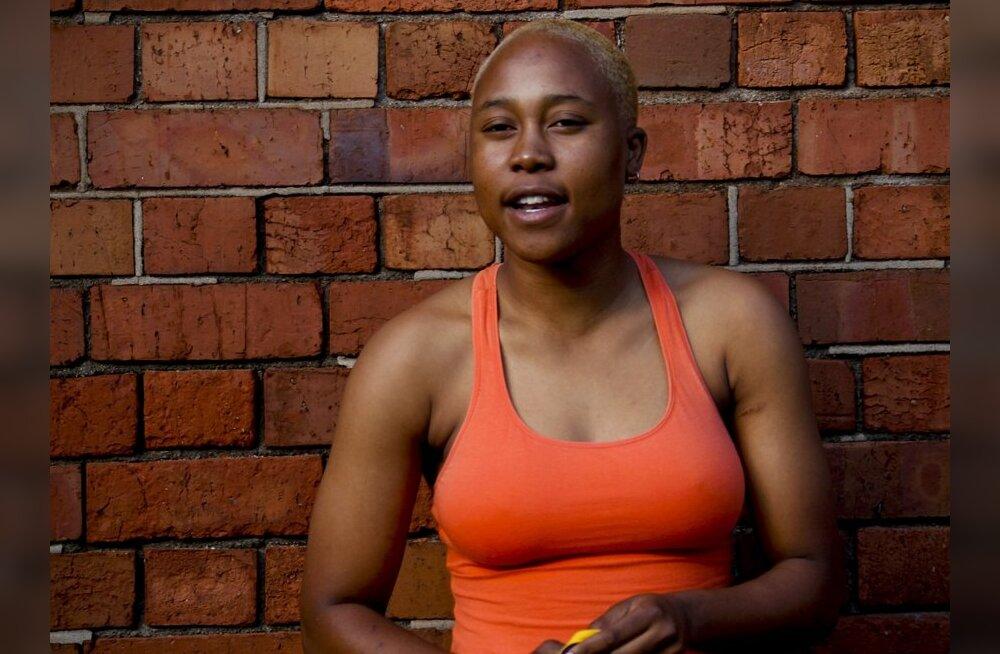 """Lõuna-Aafrika lesbid elavad """"parandava vägistamise"""" hirmus"""