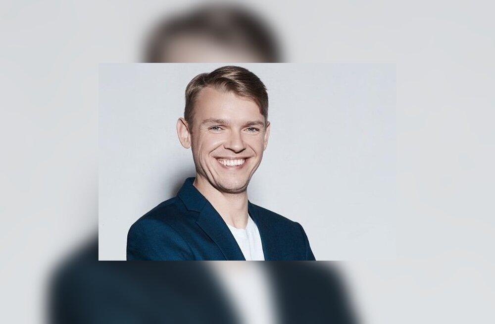 NIMI SITKETE KALJUKITSEDE SELTSKONDA Madis Arro, sündinud 30. detsembril nagu Paavo Järvi, Rain Lõhmus, Henry Kõrvits ja Kersti Kaljulaid!