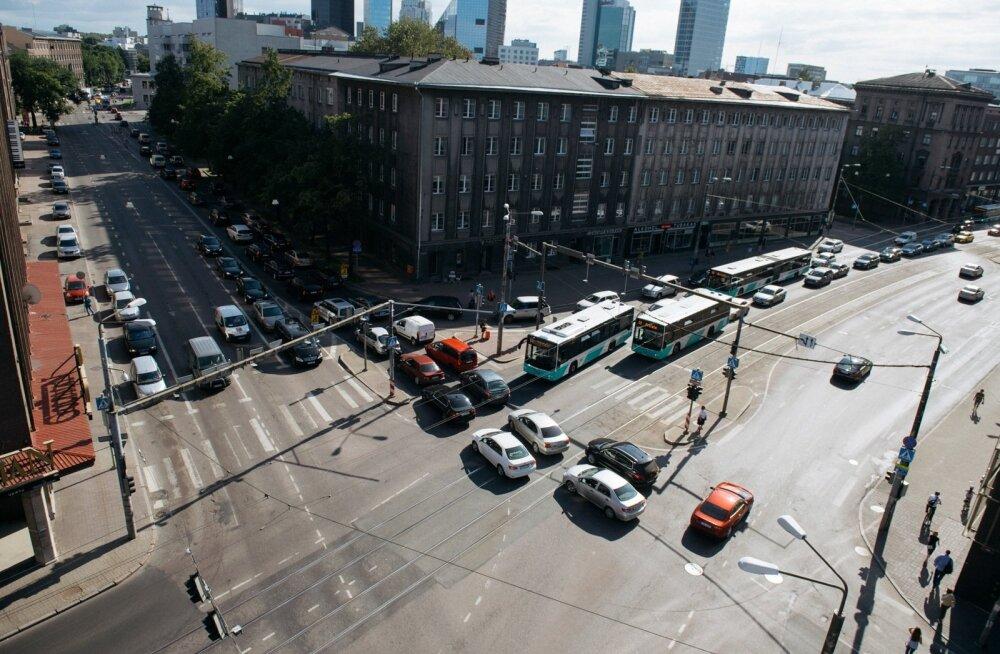Ametkonnad ei pea Läti eestkujul võõrriigi numbrimärgiga autode maksustamist põhjendatuks