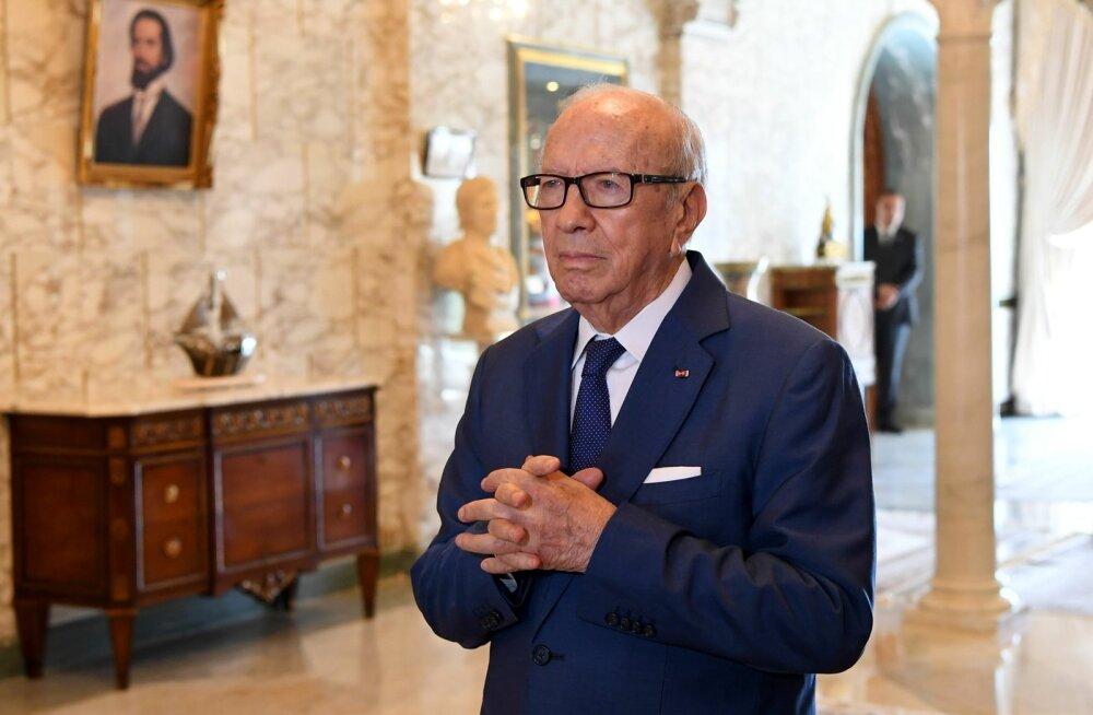 Tuneesia 90-aastane president tegi mässulise ettepaneku võrdsustada naiste jaoks pärimis- ja abielureegleid