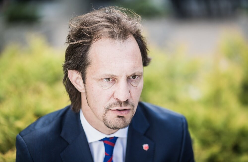 Индрек Саар: если у депутатов от коалиции есть честь и совесть, они не поддержат сеющего ненависть Рейтельманна