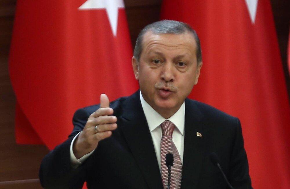 Эрдоган обвинил Россию в нефтяном сговоре с ИГИЛ