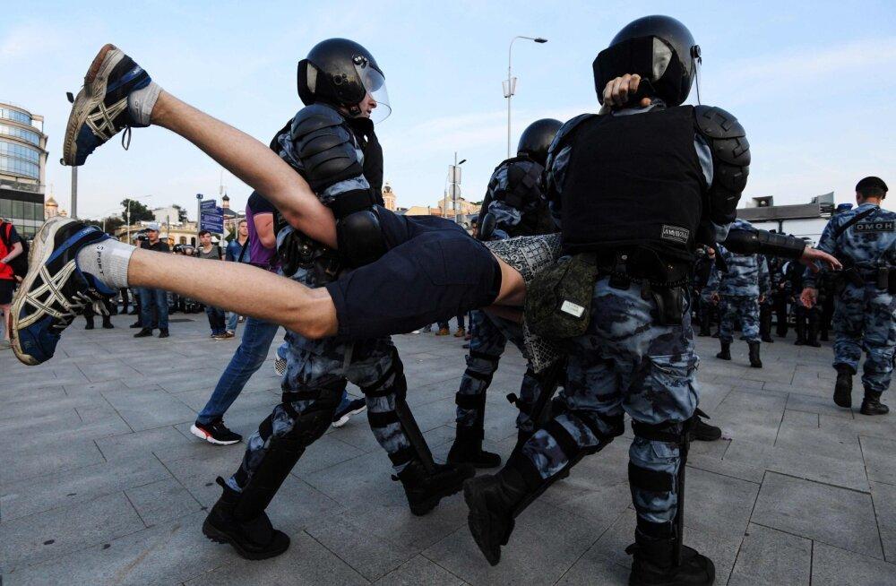 Kreml: meeleavaldused Moskvas ei ole poliitiline kriis