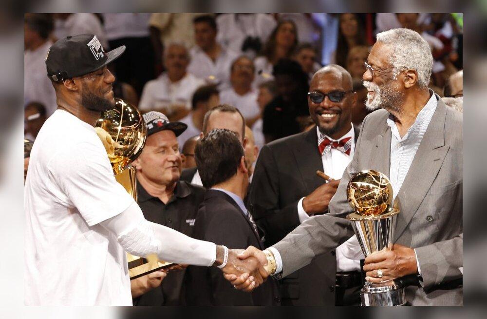 LeBron James ja Bill Russell