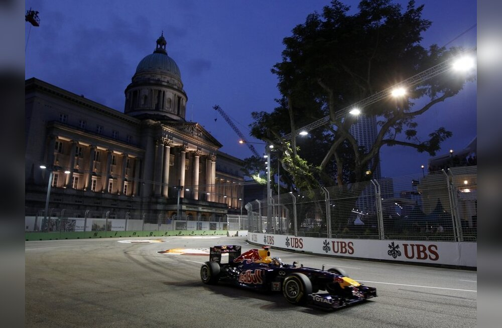 Jõudemonstratsioon: Red Bullid hõivasid Singapuris esimese stardirea