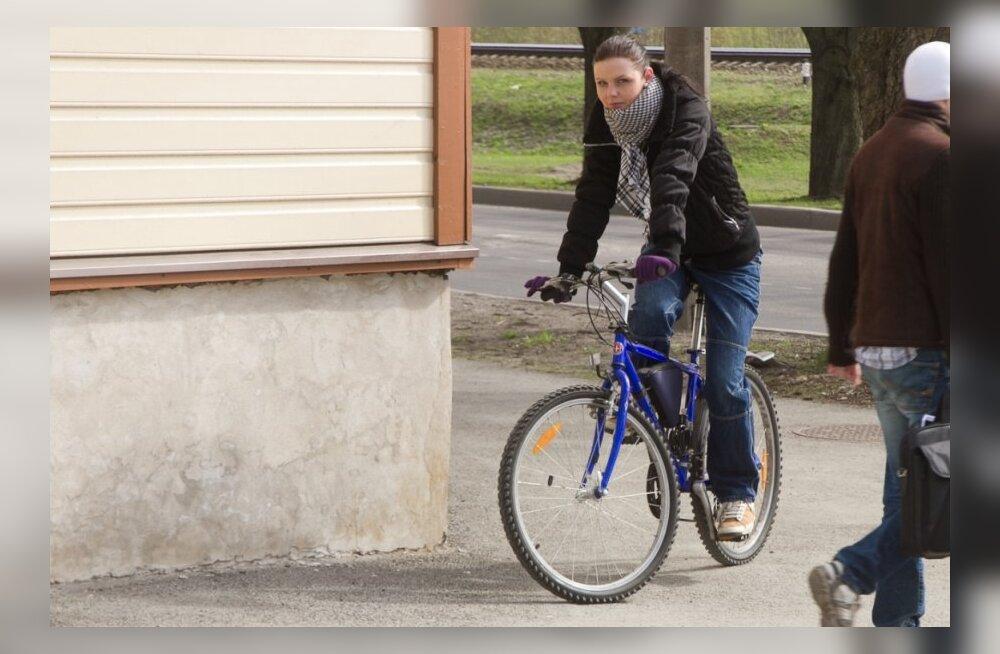 PUBLIKU EKSPERIMENT: Rattaga Tallinnas - kui velosõbralik linn on?