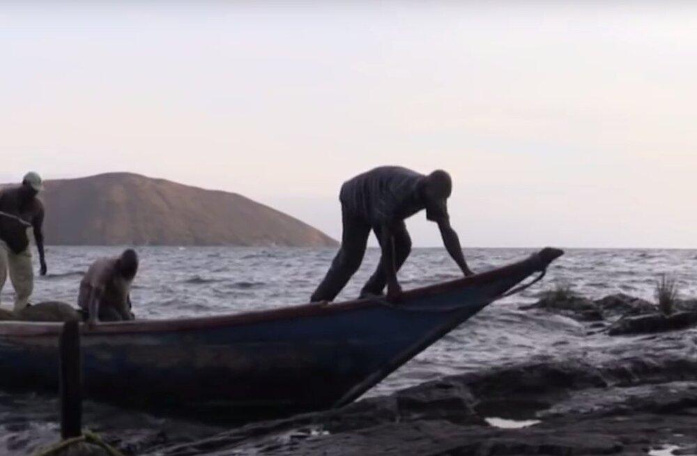 """Migingo: kõige tihedamalt asustatud saar maailmas ja """"Aafrika väikseima sõja"""" tanner"""