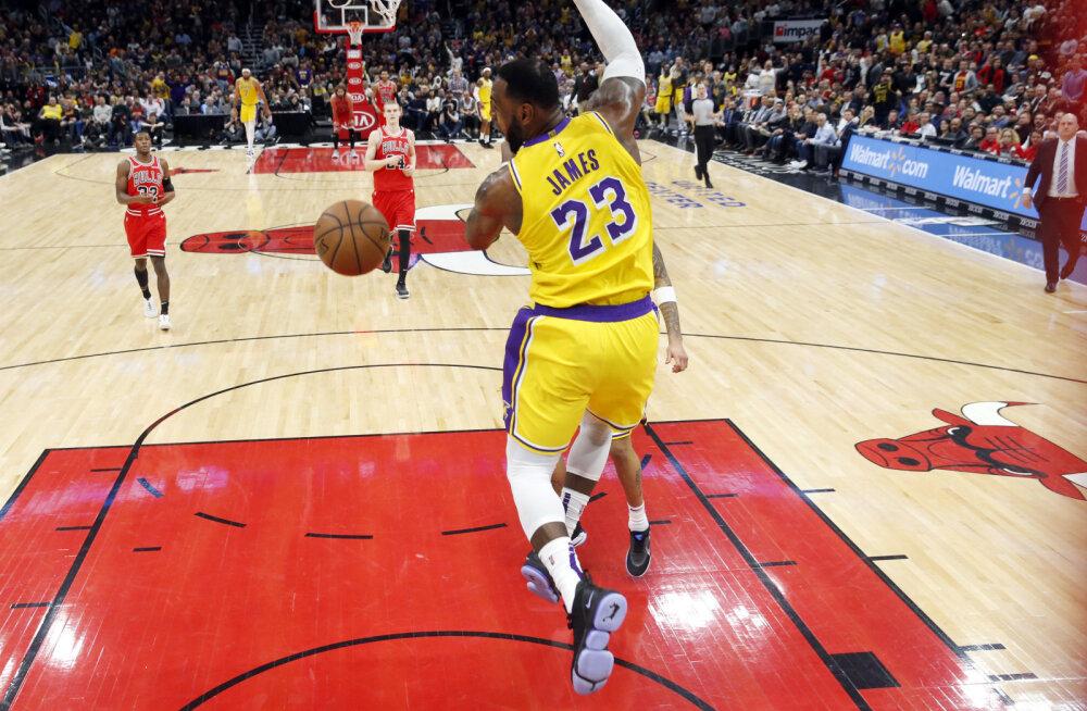 VIDEO | LeBron James vedas Lakersi võidule, Luka Doncicil kehv viskepäev