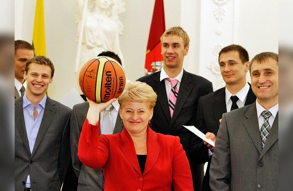 Leedu koondis presidendi juures, korvpall