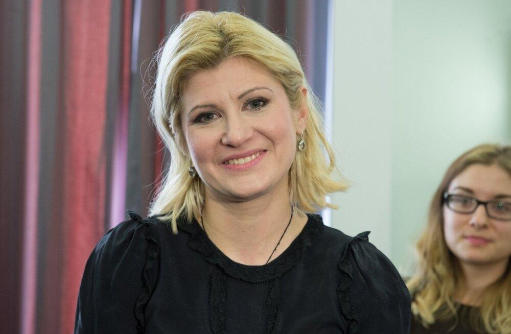 Viktoria Ladõnskaja häälte lugemine