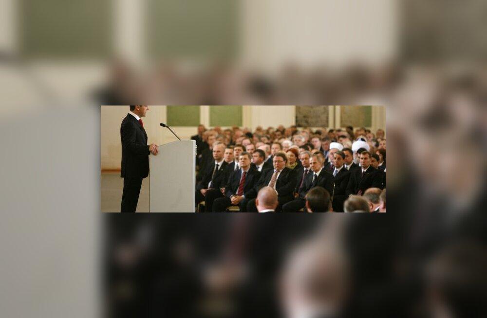 Medvedevi kõne: vajame demokraatlikke väärtusi