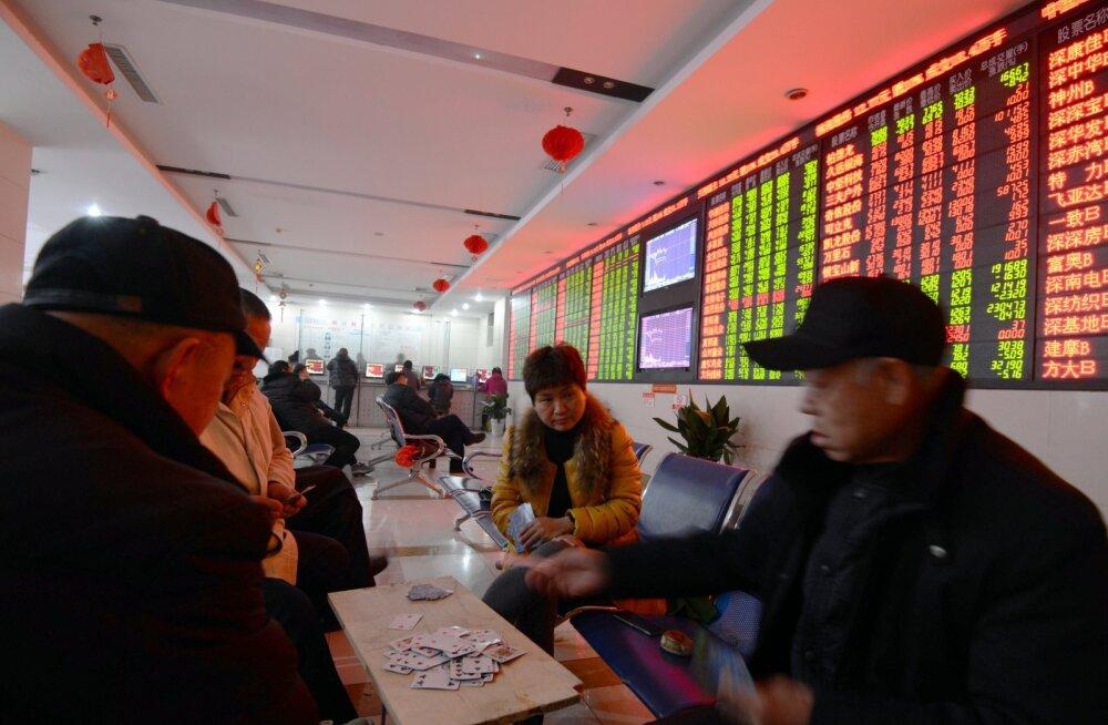Hiinas peatati börsi järsu kukkumise tõttu kauplemine
