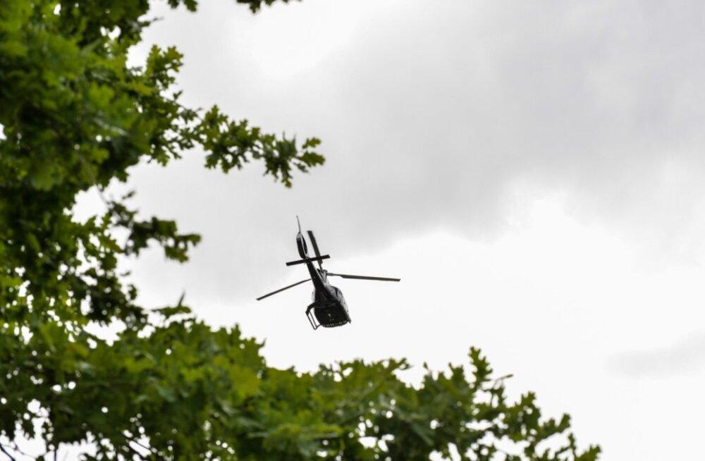 Oleg Gross külastas helikopteriga Viljandist