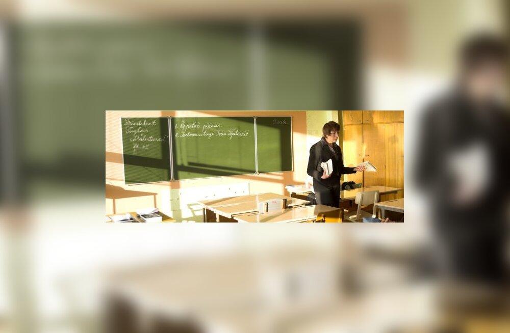 Idee: pooliku haridusega töötutele õppestipendium!