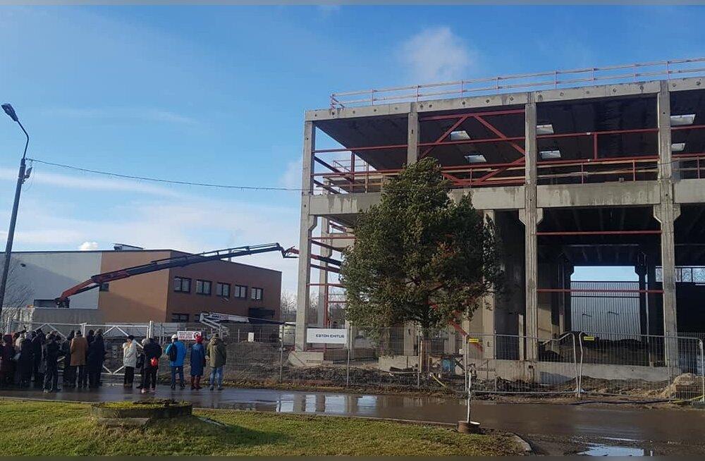 ФОТО И ВИДЕО   Праздник стропил: смотрите, как идет возведение ласнамяэского комплекса городского театра