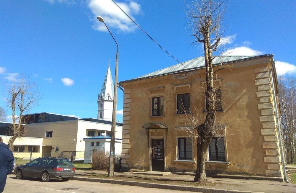 Naise tapmine Narvas