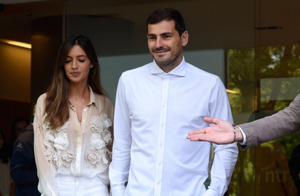 Iker Casillas koos abikaasa Sara Carboneroga