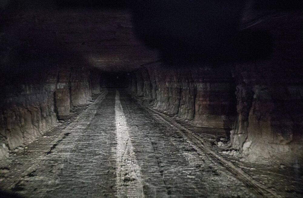 Narva kaevanduses lükkub maa alla minek kolm aastat edasi