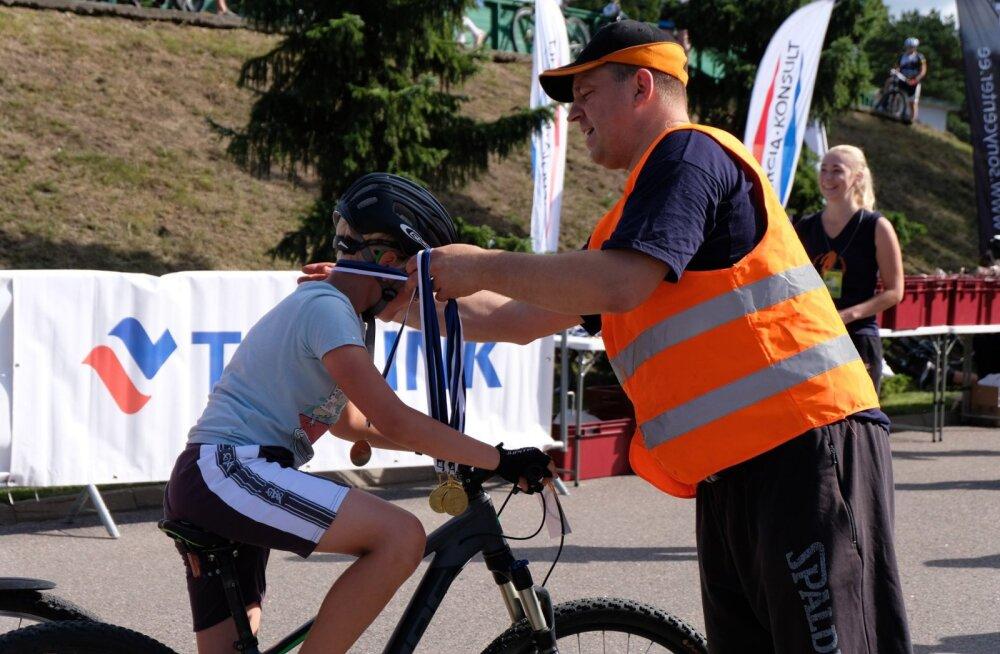 FOTOD | Peaminister Jüri Ratas korraldas omanimelise jalgrattavõistluse
