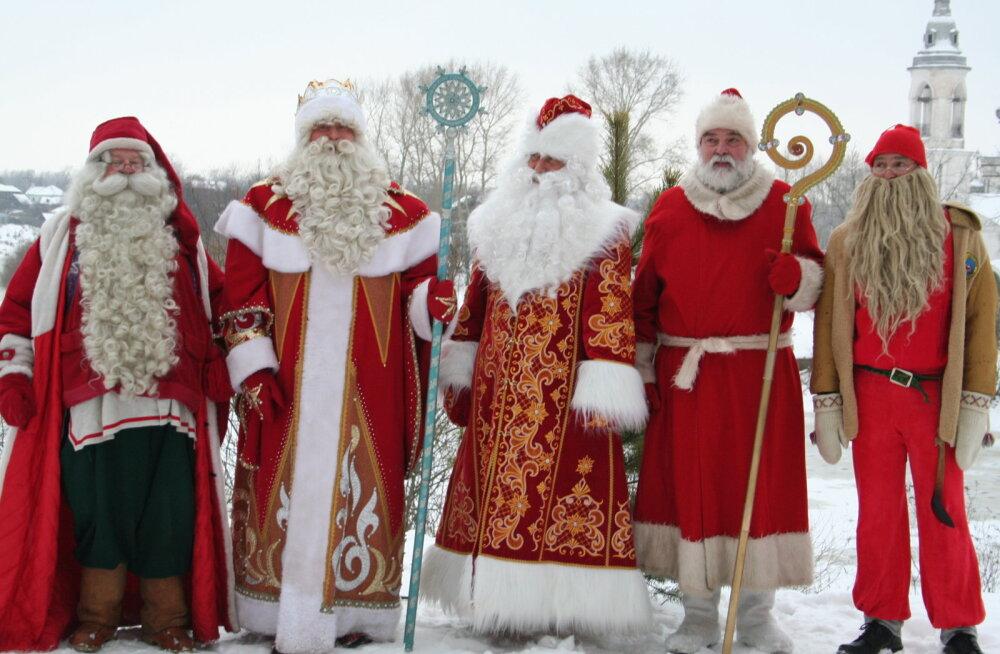Деды Морозы разных стран мира