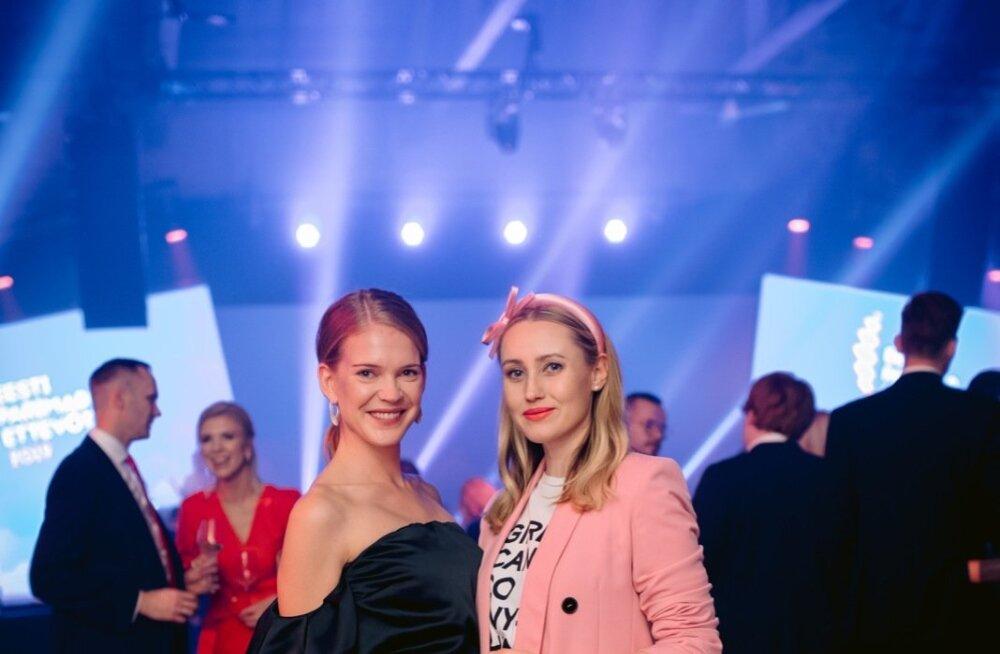 FOTOD | Ainult rikkad ja ilusad! Kes käis kellega Eesti parimate ettevõtjate galal?