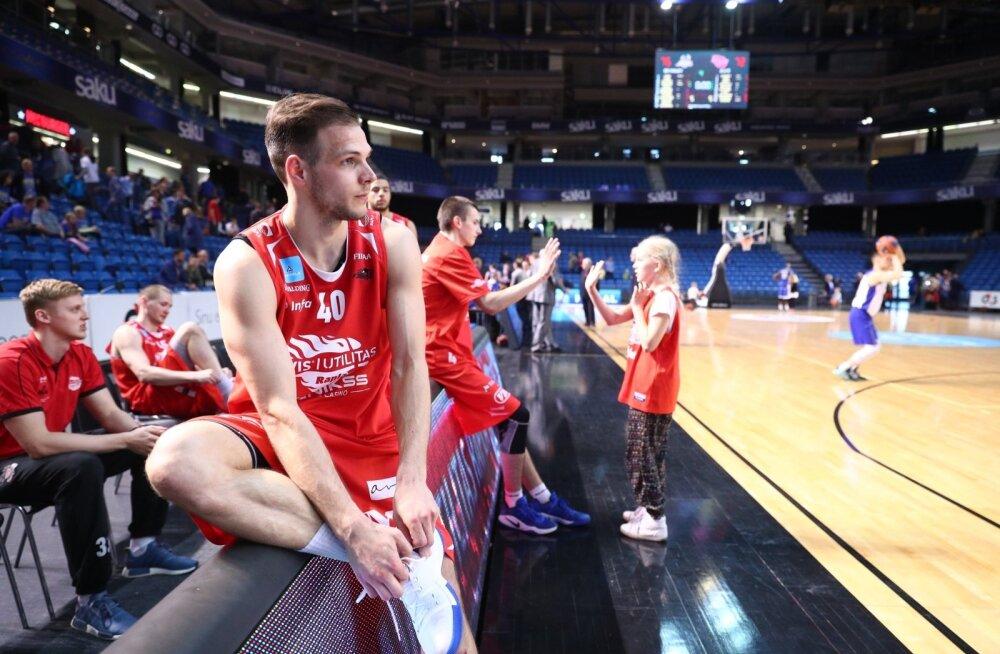 Jaan Martinsoni reportaaž teisest finaalmängust: tantsi, mis sa tantsid, tugevam võtab ikka oma