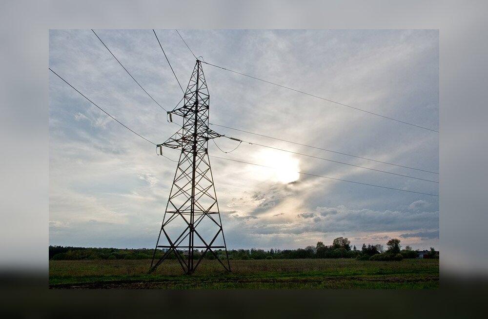 Jaotusvõrgu miljardilaenud kirjutatakse inimeste elektriarvetele
