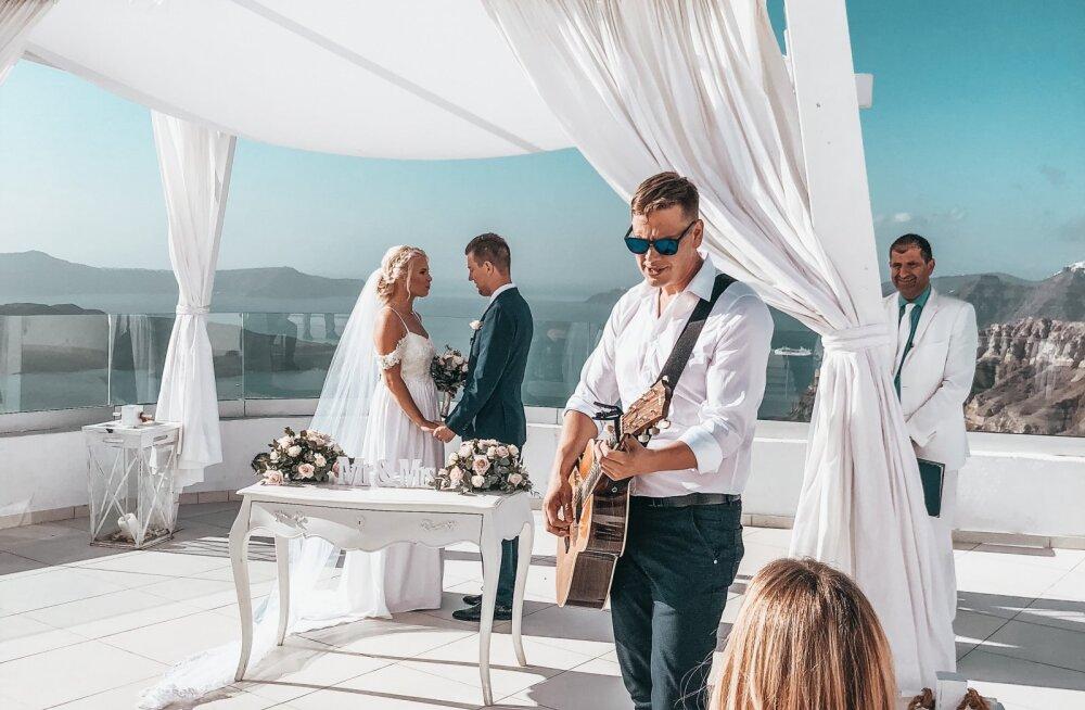 VIDEO | Santorini time! Sõbra pulmast lummatud Alen Veziko tegi sellest muusikavideo
