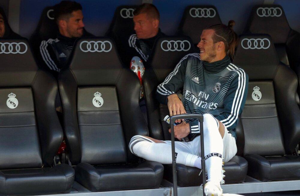 Gareth Bale'il on ka pingil istudes mugav.