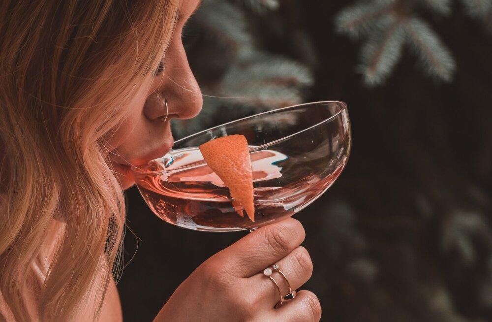 Karm reaalsus: juba üks alkohoolne jook päevas tõstab rinnavähki haigestumise riski