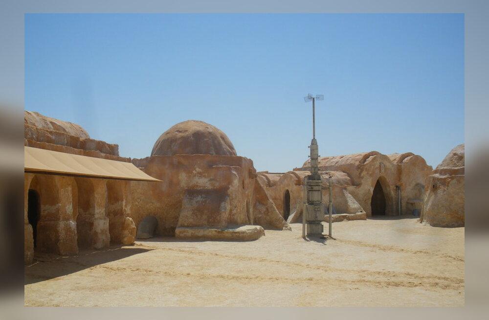 """Star Warsi"" Skywalkeri lapsepõlvekodu mattub liiva alla"