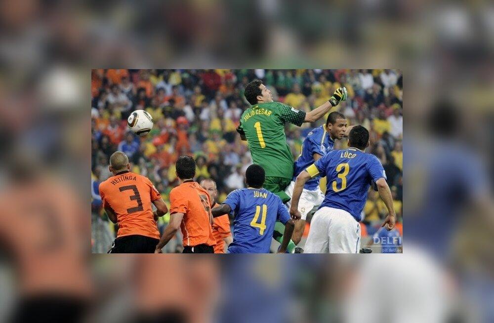 Jalgpalli MMi veerandfinaal Holland - Brasiilia