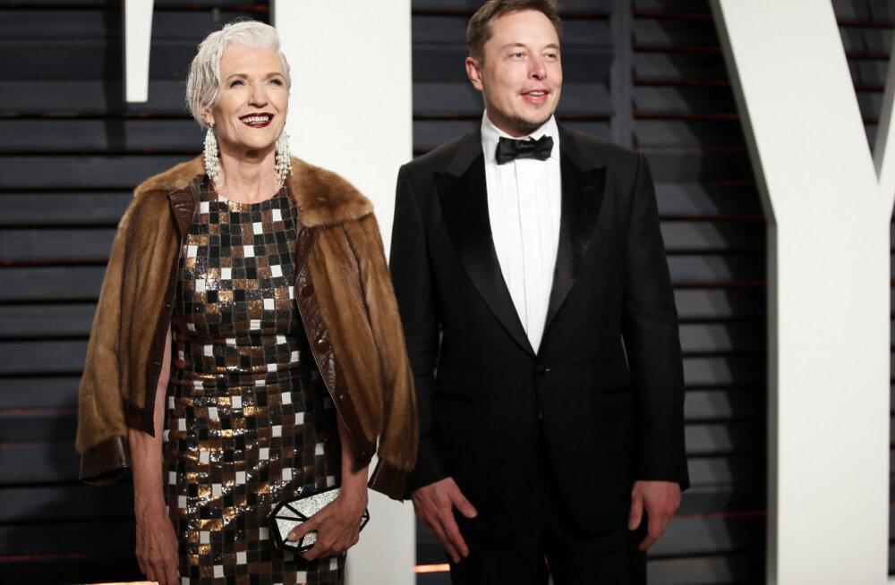 Как тебе такое, Илон Маск? Мать миллиардера — о том, как уйти от абьюзера, одной вырастить троих детей и быть моделью в 70 лет