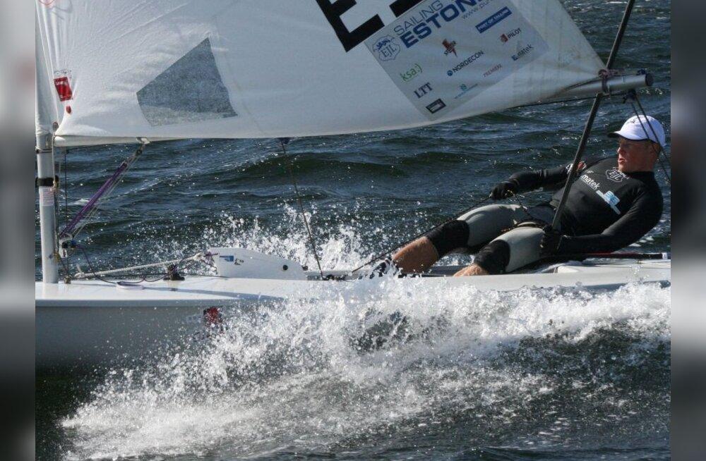 OM testvõistlusel parandasid Laseri purjetajad oma asetust