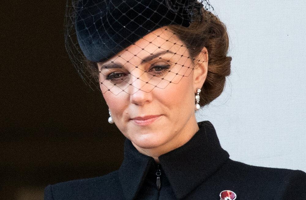 Hertsoginna Catherine paljastas lõhestunud südamega arvamuse printside vahelisest tülist
