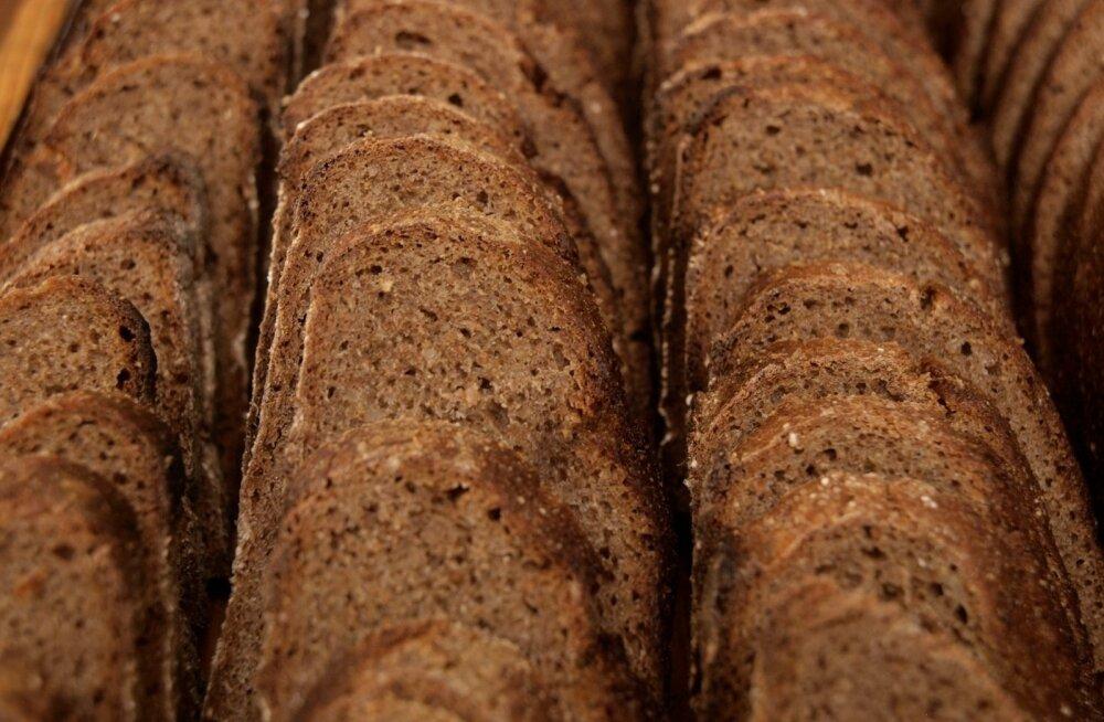 LUGEJA KIRJUTAB | Rakvere Selveris on leiva hind aastaga kolmandiku võrra kasvanud. Kes lõikab liigkasu?