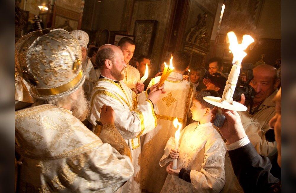 FOTOD: Jeruusalemma püha tuli saabus Tallinna